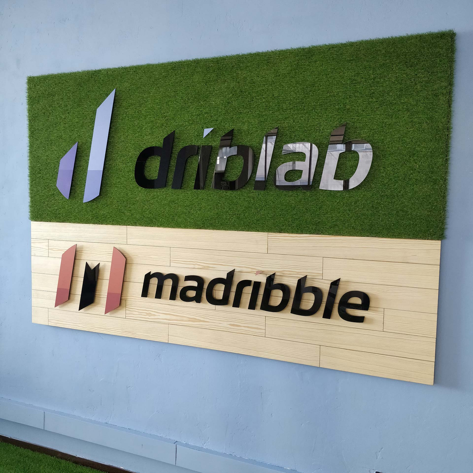 Diseño producto rotulo driblab